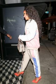 Tinashe at Craig's Restaurant in West Hollywood 2018/11/19 1