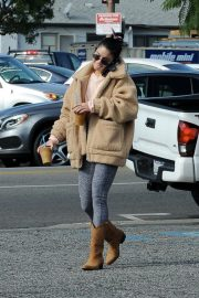 Vanessa Hudgens Out and About in Los Angeles 2018/11/25 8