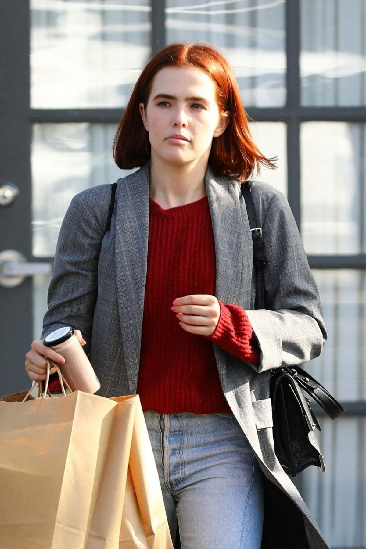 Zoey Deutch Out and About in Los Angeles 2018/11/08 1