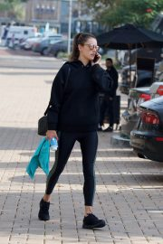 Alessandra Ambrosio Heading to a Gym in Los Angeles 2018/12/12 5