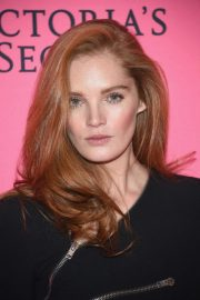 Alexina Graham at Victoria's Secret Viewing Party in New York 2018/12/02 1