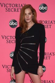 Alexina Graham at Victoria's Secret Viewing Party in New York 2018/12/02 4