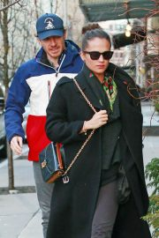 Alicia Vikander and Michael Fassbender Out for Lunch in New York 2018/12/18 2