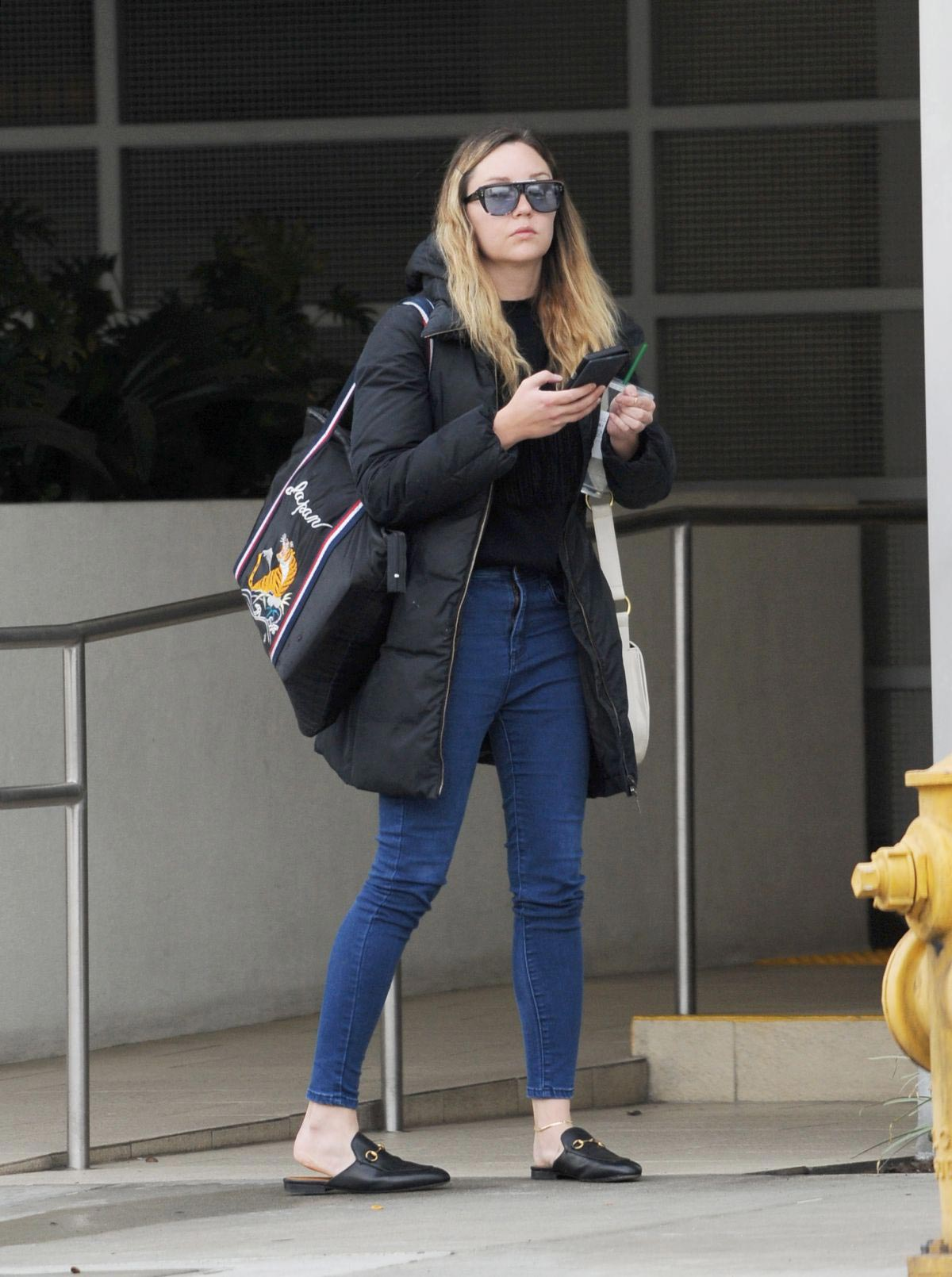 Amanda Bynes Out and About in Los Angeles 2018/12/06 1