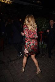 Amanda Holden at Piers Morgans Christmas Party in London 2018/12/20 3