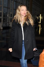 Amanda Seyfried Arrives in Washington D.C. 2018/12/02 6