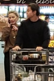 Amber Heard and Vito Schnabel Out Shopping in Los Angeles 2018/12/21 6