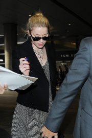 Amber Heard at LAX Airport in Los Angeles 2018/12/12 5