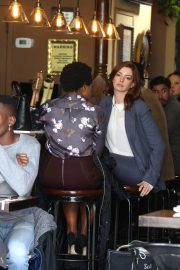 Anne Hathaway on the Set of Modern Love in New York 2018/12/04 3
