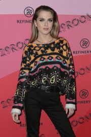Anne Winters at Refinery29's 29rooms Los Angeles 2018: Expand Your Reality 2018/12/04 3