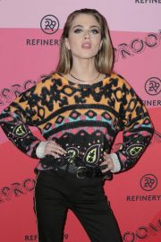 Anne Winters at Refinery29's 29rooms Los Angeles 2018: Expand Your Reality 2018/12/04 5