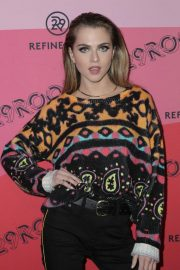 Anne Winters at Refinery29's 29rooms Los Angeles 2018: Expand Your Reality 2018/12/04 9