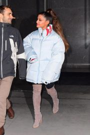 Ariana Grande Leaves Her Apartment in New York 2018/12/05 7