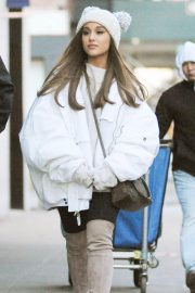 Ariana Grande Out in New York 2018/12/07 6
