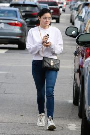 Ariel Winter Out and About in Los Angeles 2018/12/17 1