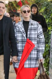 Ashlee Simpson and Evan Ross Out for Lunch in West Hollywood 2018/12/29 4