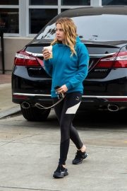 Ashley Benson Out for Coffee in Los Angeles 2018/12/10 3