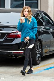Ashley Benson Out for Coffee in Los Angeles 2018/12/10 6