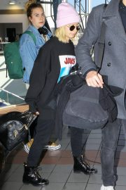 Ashley Tisdale at Los Angeles International Airport 2018/12/08 3