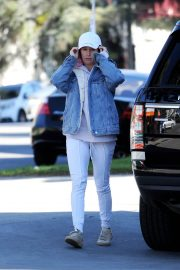 Ashley Tisdale Out and About in Los Angeles 2018/12/30 1
