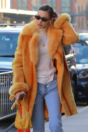 Bella Hadid Out in New York 2018/12/29 9