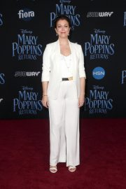 Bellamy Young at Mary Poppins Returns Premiere in Los Angeles 2018/11/29 4