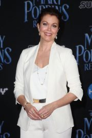 Bellamy Young at Mary Poppins Returns Premiere in Los Angeles 2018/11/29 5