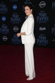Bellamy Young at Mary Poppins Returns Premiere in Los Angeles 2018/11/29 8