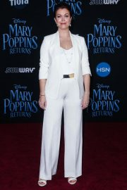 Bellamy Young at Mary Poppins Returns Premiere in Los Angeles 2018/11/29 10