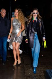 Blake Lively and Gigi Hadid Night Out in New York 2018/12/02 7
