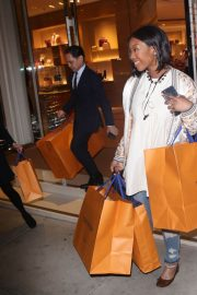 Brandy Norwood Out Shopping in Beverly Hills 2018/12/11 3