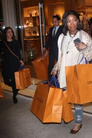 Brandy Norwood Out Shopping in Beverly Hills 2018/12/11 4