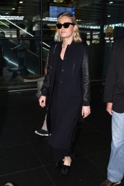 Brie Larson at Guarulhos Airport in Sao Paulo 2018/12/07 7