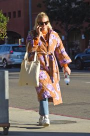 Busy Philipps Out in Los Angeles 2018/12/27 5