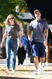 Candice King Out and About in Los Angeles 2018/12/15 1