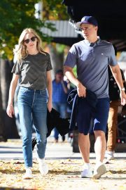 Candice King Out and About in Los Angeles 2018/12/15 3