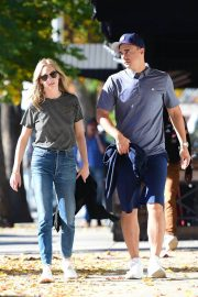 Candice King Out and About in Los Angeles 2018/12/15 4