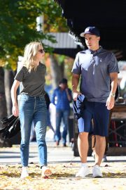 Candice King Out and About in Los Angeles 2018/12/15 6