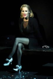 Caroline Flack Performs in Chicago Musical at Phoenix Theatre in London 2018/12/10 5