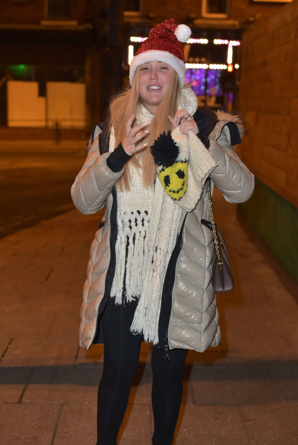 Charlotte Crosby at Heathrow Airport 2018/12/24 1