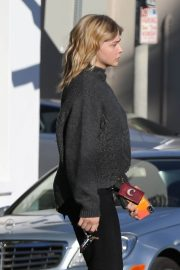 Chloe Moretz Out and About in Los Angeles 2018/12/15 2