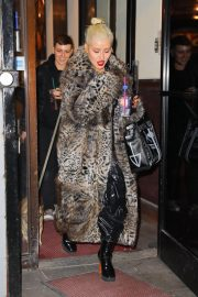 Christina Aguilera Leaves New Year Eve Rehearsal in New York 2018/12/30 1