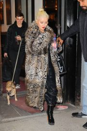 Christina Aguilera Leaves New Year Eve Rehearsal in New York 2018/12/30 3