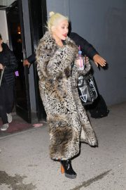 Christina Aguilera Leaves New Year Eve Rehearsal in New York 2018/12/30 4