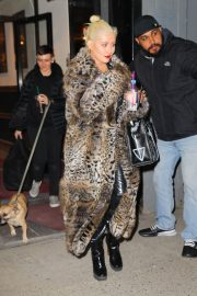 Christina Aguilera Leaves New Year Eve Rehearsal in New York 2018/12/30 5