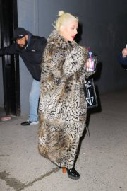 Christina Aguilera Leaves New Year Eve Rehearsal in New York 2018/12/30 6