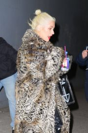 Christina Aguilera Leaves New Year Eve Rehearsal in New York 2018/12/30 10