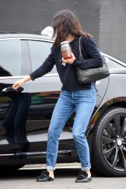 Courteney Cox in Denim Out Shopping in West Hollywood 2018/12/05 5