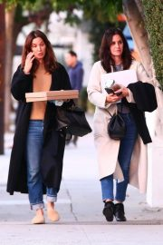 Courteney Cox Out Shopping in West Hollywood 2018/12/26 2