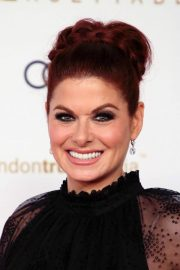 Debra Messing at Unforgettable Gala in Beverly Hills 2018/12/08 2